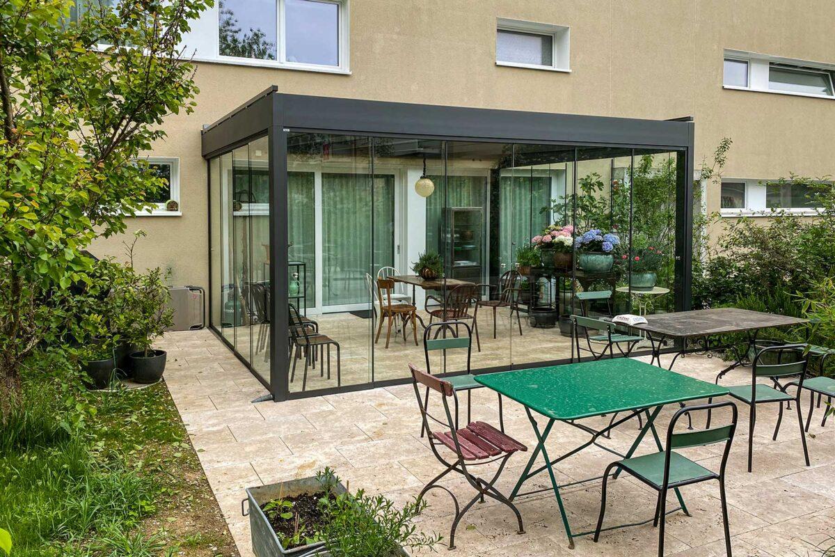 Sommergarten CUBO von SunParadise mit Vollglasschiebewänden VG17