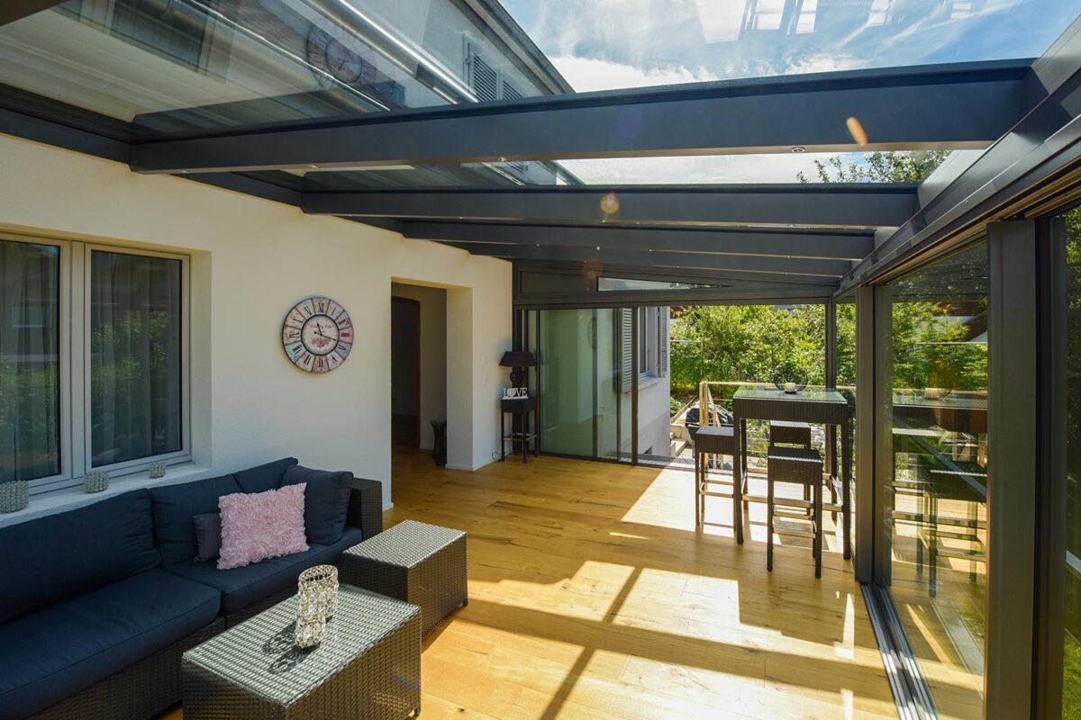 Immergarten Hawaii80 von SunParadise kombiniert mit der Filigranverglasung minimal windows von Keller