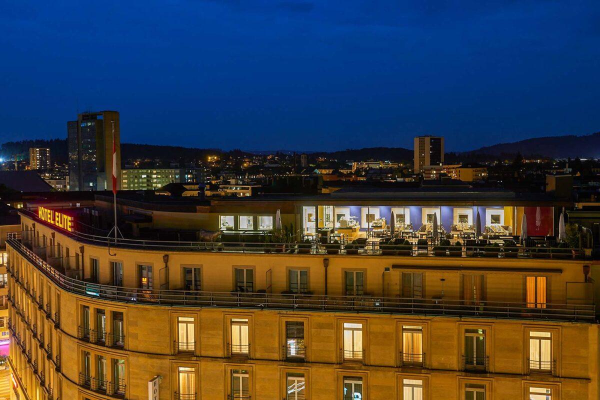 Filigranverglasung beim Hotel Elite in Biel im Zuge der Aufstockung des Restaurants