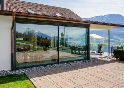 Rahmenlose Verglasung – Filigranverglasung – minimal windows – Luxusverglasung – Terrassenverglasung – Immerverglasung – Winterverglasung – schiebefenster mit wenig Rahmen -