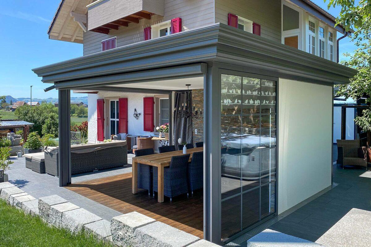 BERNA Terrassenlounge mit edler Aluminiumverkleidung Elegance